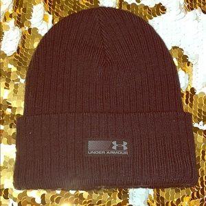Under Armour black beanie hat